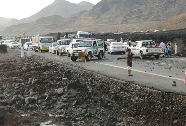 محافظ أملج يوجة رؤساء المراكز بصيانة الطرق المتضررة من الامطار 1441 هجري