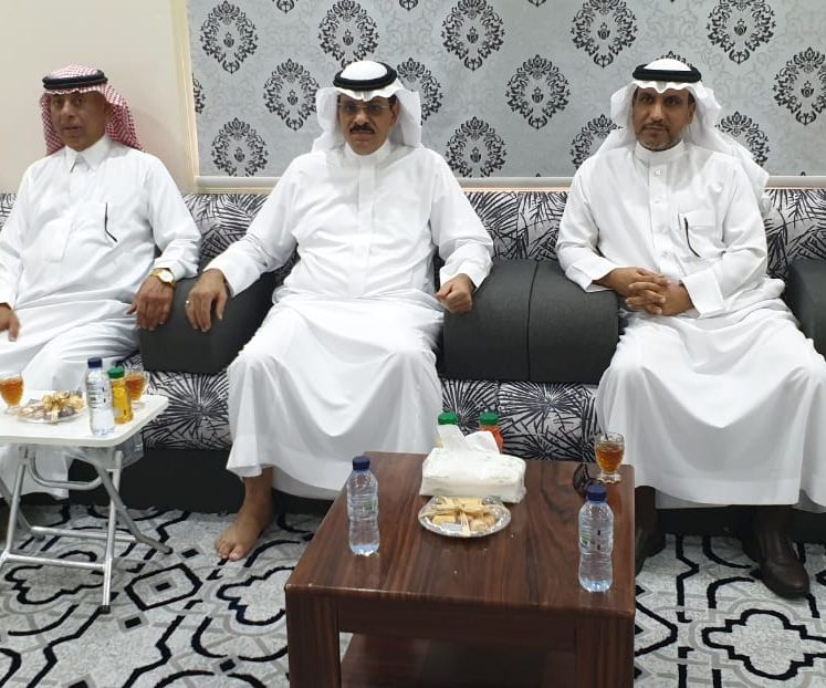 وزارة البيئة ينظم برنامج حقلي لمزارعي محافظة املج عن الممارسات التي تجرى على أشجار المانجو