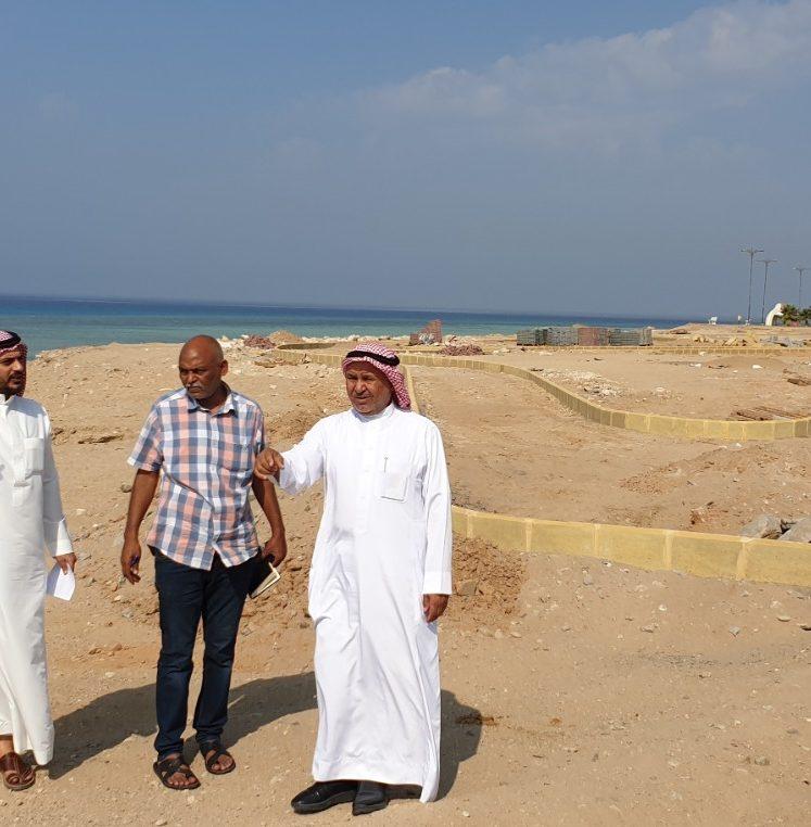  رئيس بلدية أملج نزال سليمان العطوي يتفقد مشاريع محافظة أملج