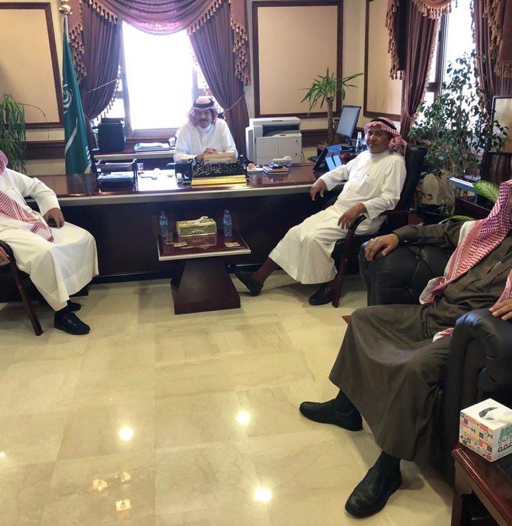 محافظ أملج يستقبل رئيس بلدية محافظة أملج  الجديد المهندس غازي محمد العتيبي