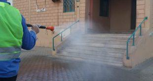 بلدية أملج تواصل جهودها الإحترازية لمواجهة فيروس كورونا الجديد